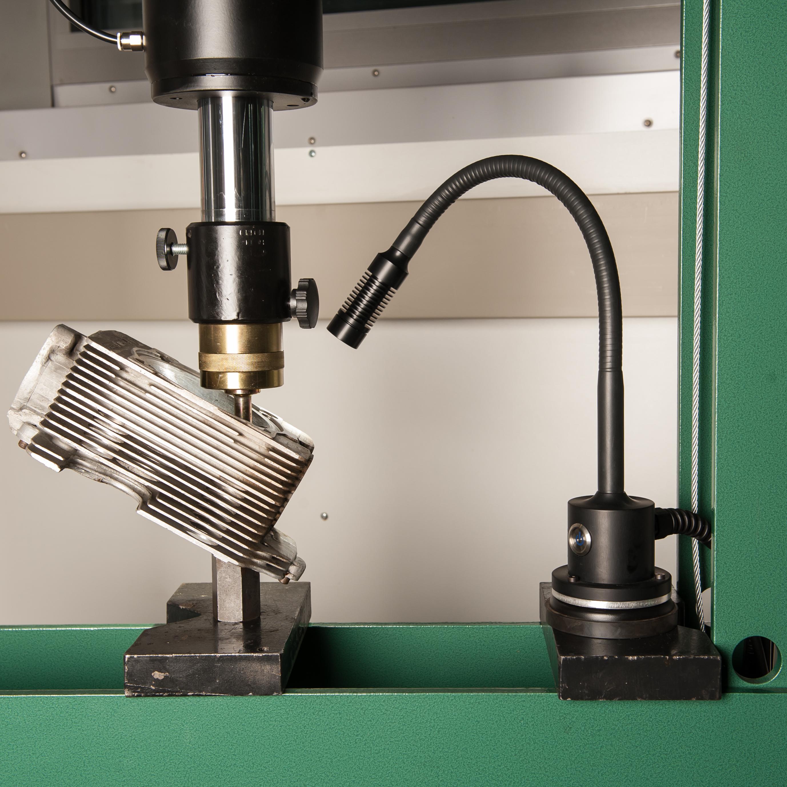 Serie 65: 40°/ Flex 500 mm/ Magnet/ 12-24 Volt DC