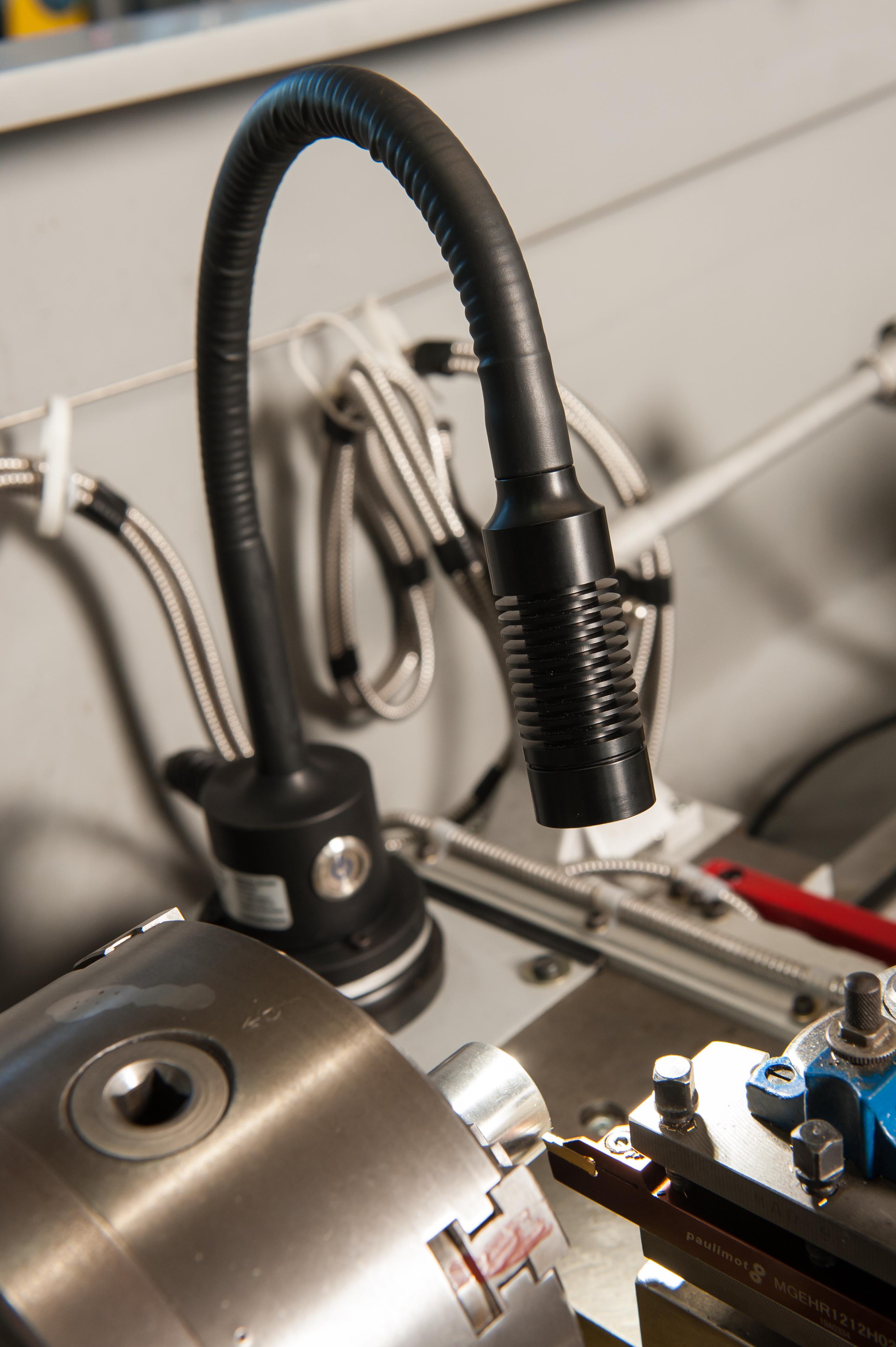 Serie 65: 18°/ Flex 500 mm/ Magnet/ 220-240 Volt