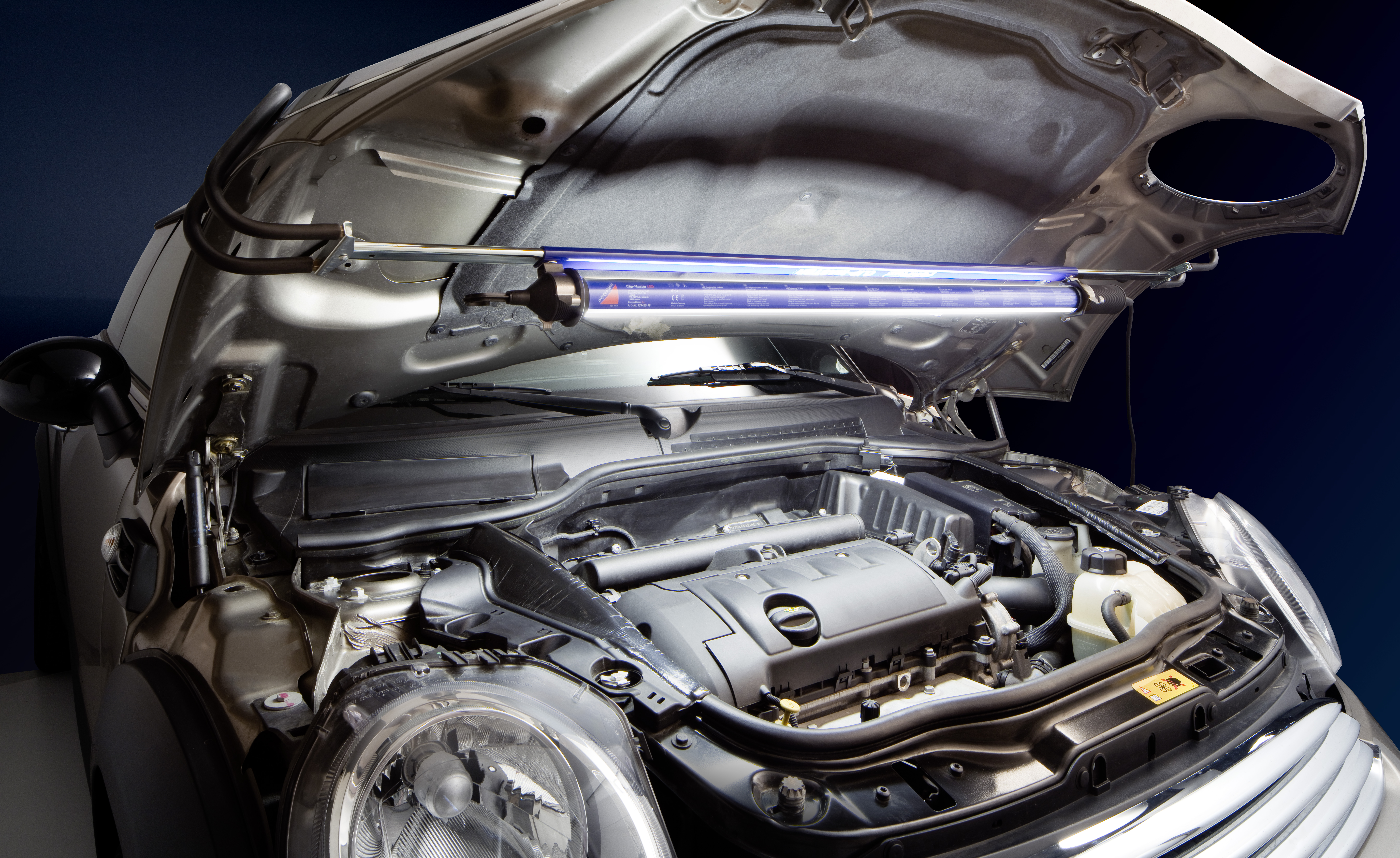 Motorraumleuchte Clip-Master I LED 14 Watt 220-240 Volt AC