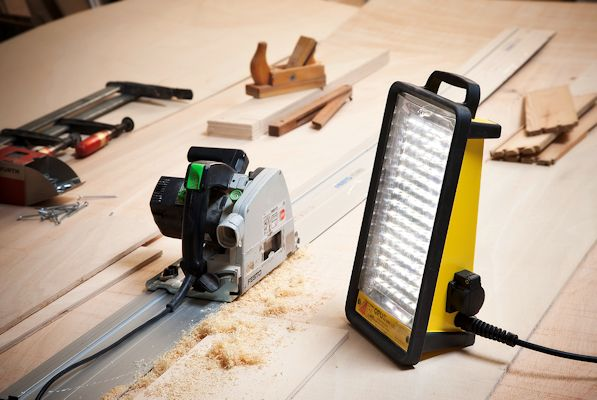 Opus Mini LED Anwendung Handwerk